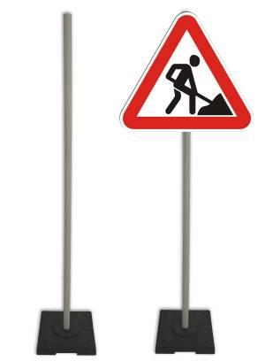 Характеристики опор для дорожных знаков