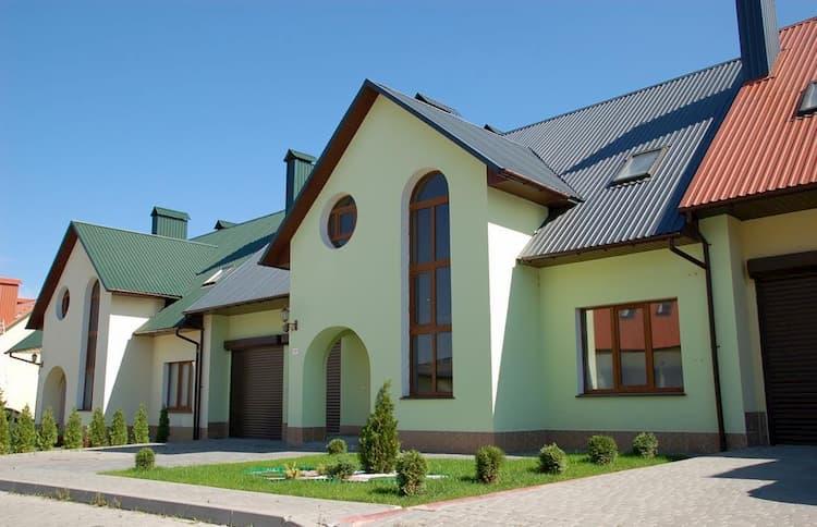 Правила выгодной продажи коттеджа в Хмельницком