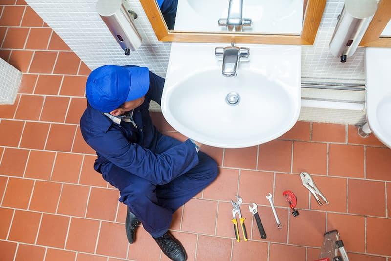 Профессиональный ремонт сантехники и канализации